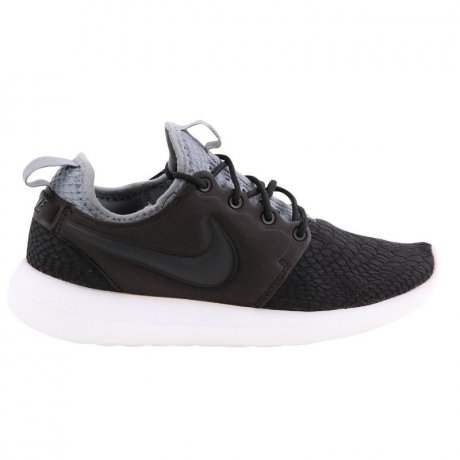 Nike Damen Run Fashion Sneaker W ROSHE TWO SE Black Größe...